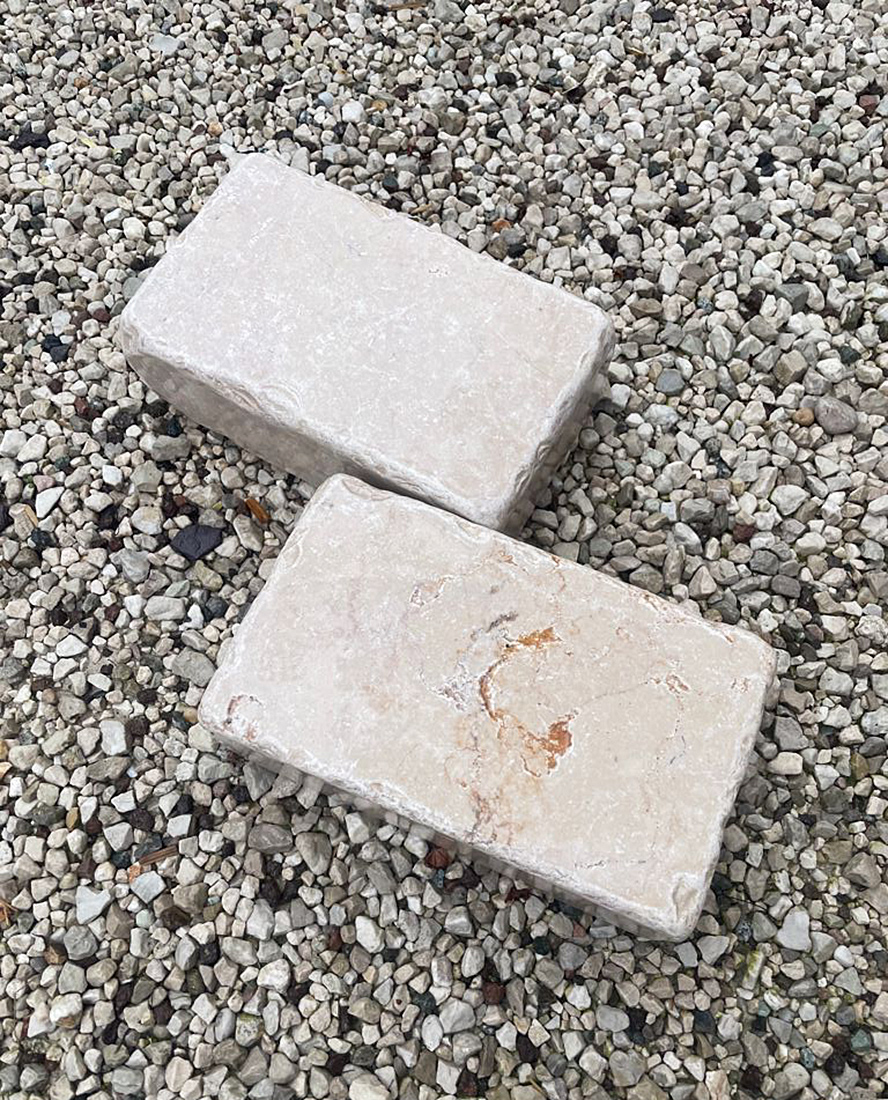 mattoncini-travertino-anticato-giardino-vivai-porcellato-srl